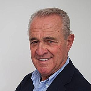 Dr. Claus Martin Vorsitzender des Aufsichtsrats